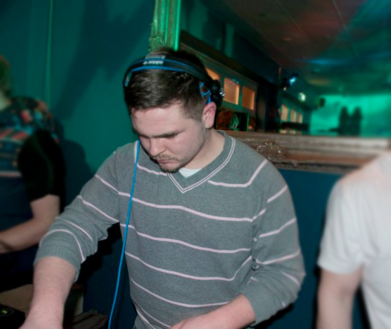 Free Track – 'All Or Nothing' (Ad Gannon Remix)